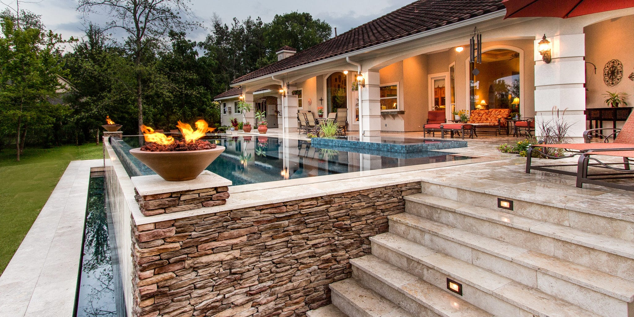 Raised pool with water feature