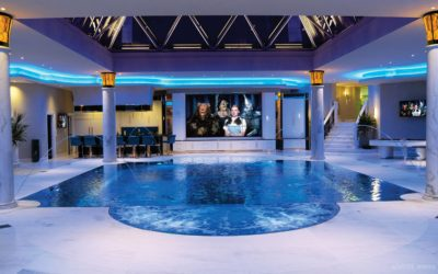 Opulent Pools for Luxury Homes